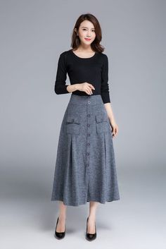 Grey skirt wool skirt button skirt midi skirt warm skirt winter skirt elastic waist skirt womens skirts made to order 1676 Long Skirt Outfits, Modest Outfits, Modest Fashion, Fashion Outfits, Unique Fashion, Fashion Styles, Womens Fashion, Elastic Waist Skirt, High Waisted Skirt