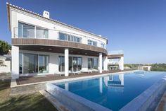 Exquisite 4 bedroom Villa overlooking Vale do Lobo beach