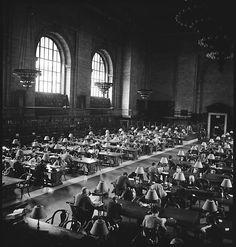Photo: Walker Evans, New York Public Library, 1949