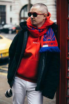 The Best Street Style Inspiration & More Details That Make the Difference London Fashion Week Mens, Best Mens Fashion, Most Stylish Men, Revival Clothing, Denim Fashion, Man Fashion, Dapper Men, Cool Street Fashion, Men Looks