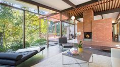 THE BERNHEIM HOUSE : Built in 1959 by Ray Kappe in Brentwood, CA. (It's For Sale : Price: $1.995 million)