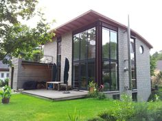 Haus KK Gartenansicht : Moderne Häuser von Architekt Witte