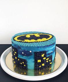 #торт #тортбезмастики #домашнийторт #сырныйкрем #творожныйторт #бэтмен #cake #batman #batmancake #batmanlogo #wilton #birthdaycake #spongecake #homemadecake #birthday #creamcheese #gotham #gothamcity #artcake #cakestyle #decorating #cakedecorating