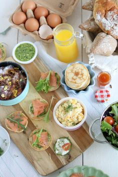 Legendary three x Easter brunch recipes in a jiffy on the desk Jiffy Recipes, Brunch Recipes, Appetizer Recipes, Lunch Snacks, Lunches, Healthy Snacks, Chocolate Lasagne, Fathers Day Brunch, Food Goals