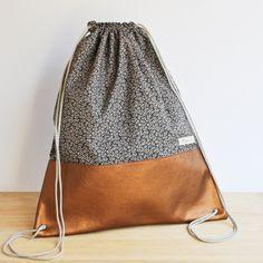 Turnbeutel - Turnbeutel Kupfer-geflimmer grau - ein Designerstück von flimmergrau bei DaWanda