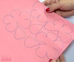 Como fazer uma rosa de papel linda como deve ser