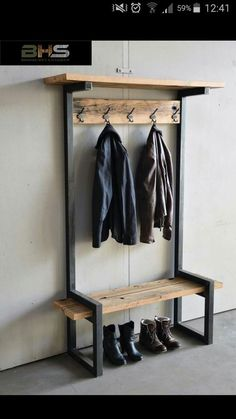 Give Your Rooms Some Spark With These Easy Vintage Industrial Furniture and Design Tips Do you love vintage industrial design and wish that you could turn your home-decorating visions into gorgeous reality? Welded Furniture, Industrial Design Furniture, Steel Furniture, Industrial House, Diy Furniture, Furniture Design, Industrial Office, Modern Industrial, Furniture Stores
