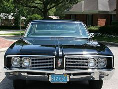 1968 Buick Electra Sedan - Pristine Classic Cars For Sale Electra 225, Buick Electra, Buick Models, Little Truck, Luxury Car Brands, Bmw Classic Cars, Best Muscle Cars, Vw Cars, Toyota Corolla