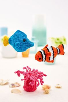 FREE KNITTING PATTERN: Clown fish and friends