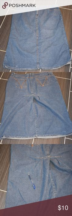 """Denim Jean Skirt Size 24W Jean Skirt by Cato Size 24 Does have some little white spots on it which are shown in the pics with the pen pointing to them. 46"""" waist 34"""" long Cato Skirts"""