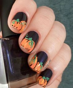 Scary-Halloween-Pumpkins-Nail-Art-Designs