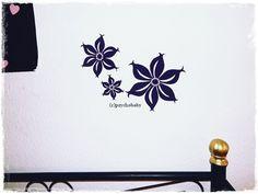 Blumen Velour-Aufkleber von Leylahs Kunstwerken