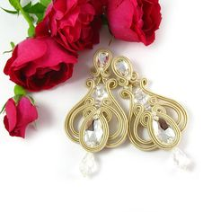 Ehi, ho trovato questa fantastica inserzione di Etsy su https://www.etsy.com/it/listing/196206174/bridal-soutache-earrings-wedding