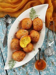 Kapros-túrós felhőfánk recept Hungarian Recipes, Hungarian Food, Donuts, Muffin, Appetizers, Yummy Food, Diet, Cooking, Breakfast