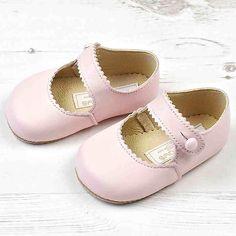 Mary Jane Shoes http://classicalchild.nz/collections/shoes/products/mary-jane-shoes #earlydaysshoes #classicalchild #baypods