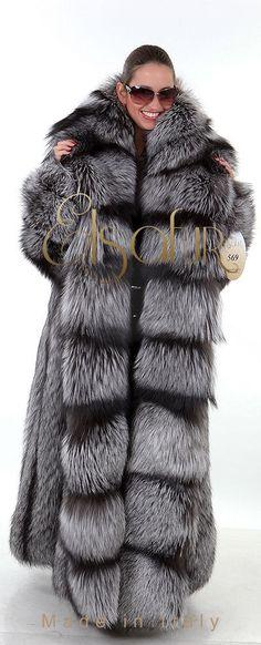 Silver Fox Extraordinaire от Эльза меха Италии.