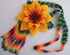 Etsy の Mexican Huichol Beaded Flower Necklace by Aramara Loom Beading, Beading Patterns, Bead Jewellery, Beaded Jewelry, Native American Beadwork, Beaded Crafts, Flower Necklace, Bead Art, Bead Weaving