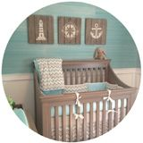 Fiús babaszoba tenger kék címfotó