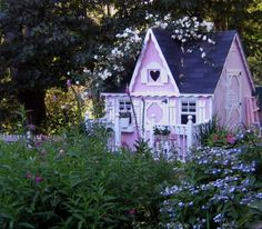 Pink Fairy cottage by Pink Fairy - DECOmyplace Projects