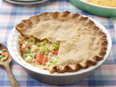 Chickless Pot Pie from Trisha Yearwood on Food Network. It's #vegan even!!!