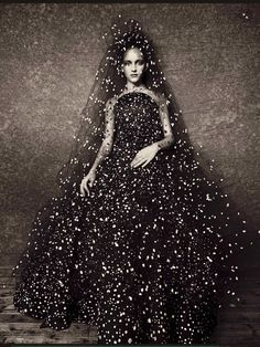 ♥ Romance of the Maiden ♥ couture gowns worthy of a fairytale - Vogue Italia Alta Moda September 2014 - by Paolo Roversi