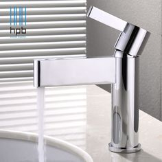 74.40$  Watch now - http://ali556.shopchina.info/1/go.php?t=32799647490 - HPB Nice Design Brass Bathroom Faucet Basin Hot and Cold Water Mixer Taps Single Hole torneira do banheiro robinet Chrome HP3043  #magazine