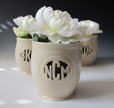 Have your own vase custom made with your #monogram! So pretty, preppy and chic. SUCH a great gift idea. via Cargoh.com