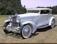 1929 Stutz Victoria Convertible....note the front fenders...