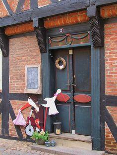 wonderful door - It's a Girl by Atelier Teee, via Flickr
