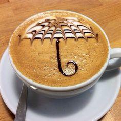 Даже если вы промокли под дождем, эта чашка кофе согреет и взбодрит!