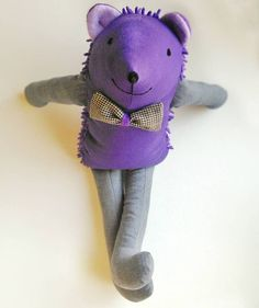 Chester, ariciul filosof. Jucarie/ mascota din material textil, cu tepi pufosi, inaltime aprox. 45 cm. handMade by Pravalia cu Papusi Teddy Bear, Toys, Animals, Character, Activity Toys, Animales, Animaux, Clearance Toys, Teddy Bears