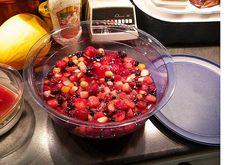 Fruchtige Sommerbowle mit oder ohne Alkohol, ein raffiniertes Rezept aus der Kategorie Frucht. Bewertungen: 1. Durchschnitt: Ø 3,3.