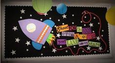 Best Bulletin Board Ideas: Shoot for the Moon!