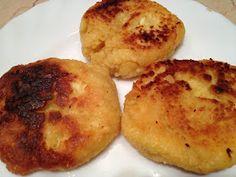 Muska konyhája 2: Szirnyiki (orosz túrófánk) + mazsolás szirnyiki narancsvízzel Gordon Ramsay, Baked Potato, Potatoes, Baking, Ethnic Recipes, Food, Potato, Bakken, Essen