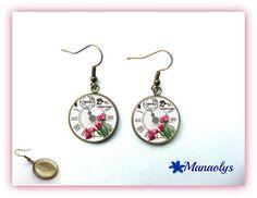 Boucles d'oreilles couleur bronze, rétro, vintage, cabochons en verre horloge et tulipes : Boucles d'oreille par manaolys-bijoux