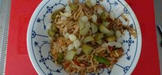 Kung Poa Noodles with Chicken and Vedgies