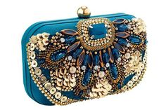 Beautiful heavily embellished clutch bag,large beading and sequin front,all over satin lining,thin chain shoulder strap,dome clasp opening. Wedding Clutch, Bridal Clutch, Beaded Purses, Beaded Bags, Beaded Clutch, Vintage Purses, Vintage Bags, Vintage Clutch, Bridal Accessories