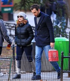 Bundle up! Jessica Chastain faced the freezing New York clime to stroll through New York City's Central Park with her boyfriend, Gian Luca Passi de Preposulo, on Saturday