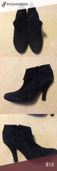 Me Too Ankle Boots This is a pair of Me Too black suede ankle boots. The heels and back have damage on them from wear but they are a great addition to your fall wardrobe! These shoes feature a zipper on one side and button detailing on the other. me too Shoes Heeled Boots