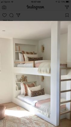 Inspiring points that we really like! Cute Bedroom Ideas, Room Ideas Bedroom, Small Room Bedroom, Awesome Bedrooms, Girls Bedroom, Bedroom Decor, Narrow Bedroom Ideas, Bunk Bed Rooms, Bunk Beds Built In