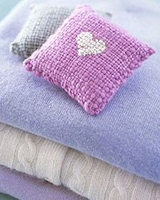 DIY Sweet Sachets Tutorial from Martha Stewart  Wool sachets w spoonfuls of fragrant dried lavender. Hold two 4-in. square swatches back-to-back and hand-sew together arnd the edges, leaving a 2-in. opening on the 4th side to fill with lavender and sew it closed.   (gift idea, gift packaging, gift wrap, dried herbs, florals, fragrance)
