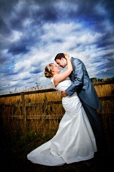 Jo & Aaron.    Barchelo (Hinckley Island, A5) Hotel, Leicestershire.    Taken by: http://yourperfectday.me.uk/