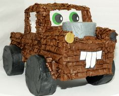Avtovleka in prevozi okvarjenih in poškodovanih vozil.