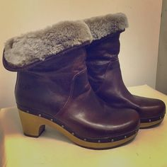 """Ugg Amoret Boots size 8 Leather Like new!  Ugg leather Amoret boots top can be rolled down to show fur or pulled up.  2.5"""" heel. Beautiful brass colored studs embellish the boot the whole way around. UGG Shoes Ankle Boots & Booties"""