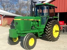 """Fine looking 4440 Sullivan AuctioneersUpcoming Events » » Large """"Absolute"""" Machinery Auction"""