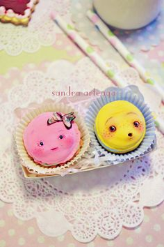 Set of 2 funny cookies in a pretty box  macarons by SandraArteagA, $60.00
