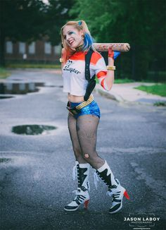 Suicide Squad: Best Cosplayers Ever Diy Halloween Costumes For Girls, Harley Quinn Halloween Costume, Harley Quinn Cosplay, Costumes For Teens, Girl Costumes, Cosplay Costumes, Costume Makeup, Halloween 2020, Comic Clothes