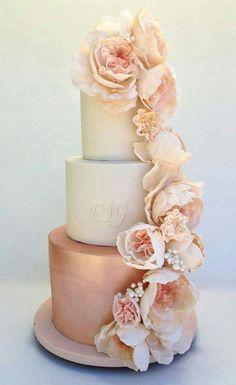 Beautiful rose gold cake!