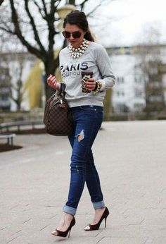 Sudaderas + Jeans ... Chic!