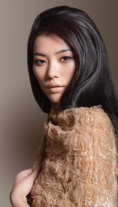Liu Wen is a Chinese beauty.